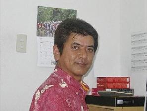 スタッフ 玉榮春夫